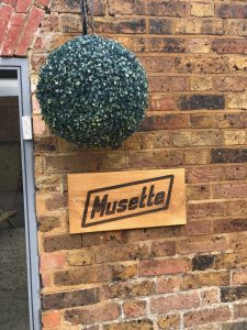 usette sign